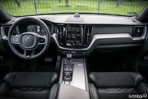 Volvo XC60 - środek - 01