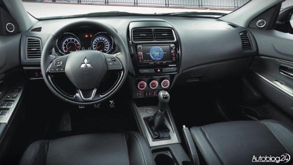 Mitsubishi ASX 2018 - wnętrze