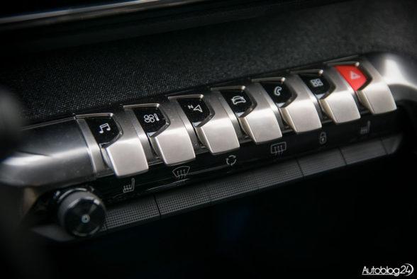 Peugeot 5008 - wnętrze - 09