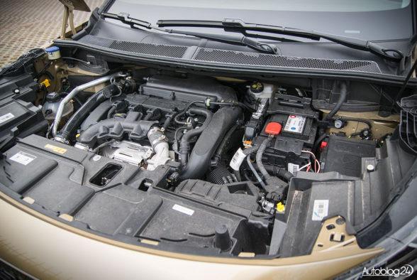 Peugeot 5008 - wnętrze - 20