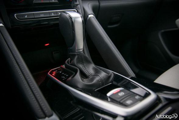 Renault Koleos - środek - 08