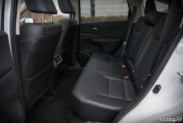 Honda CR-V - wnętrze - 15