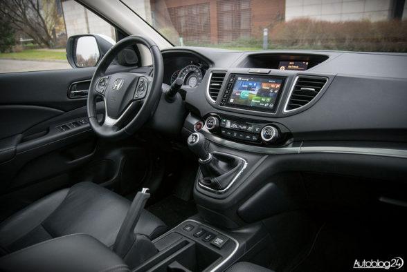 Honda CR-V - wnętrze - 18