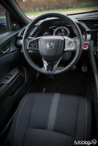 Honda Civic hatchback - wnętrze - 02