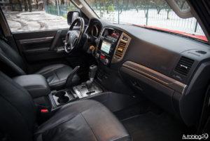 Mitsubishi Pajero - wnętrze - 16