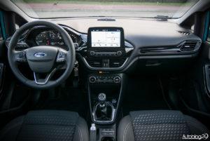 Ford Fiesta - wnętrze - 01