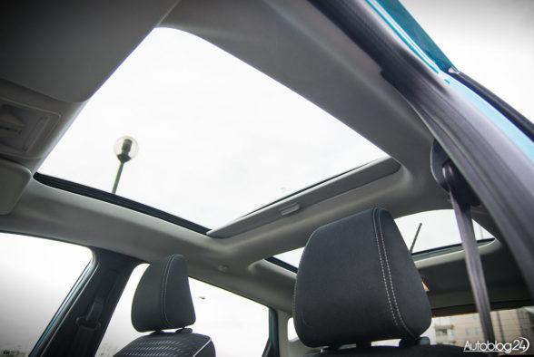 Ford Fiesta - wnętrze - 12