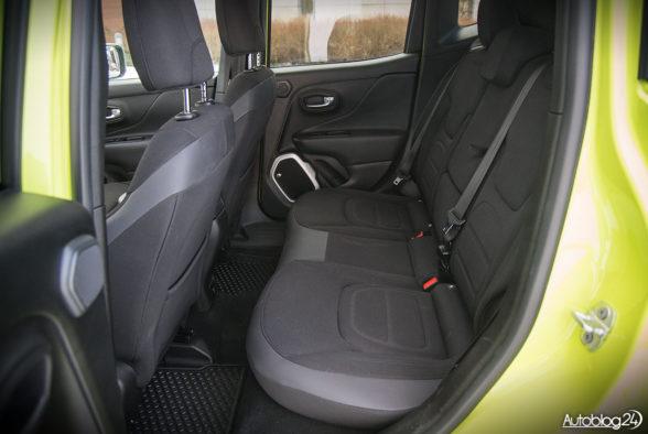 Jeep Renegade - wnętrze - 14