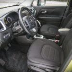 Jeep Renegade - wnętrze - 21