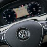 Volkswagen Passat - wnętrze - 05