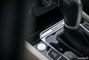 Volkswagen Passat - wnętrze - 11