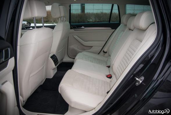Volkswagen Passat - wnętrze - 16