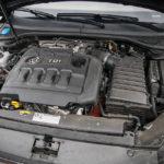 Volkswagen Passat - wnętrze - 18