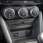 Mazda CX-3 - wnętrze - 08