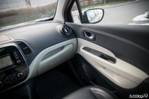 Renault Captur - wnętrze - 03