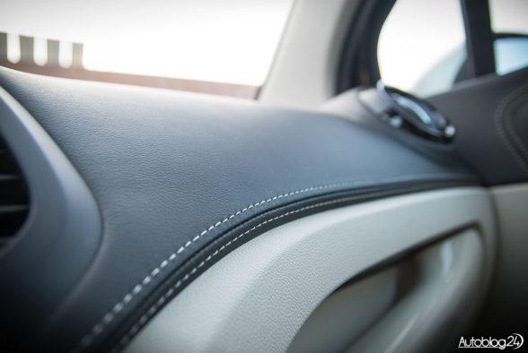 Renault Captur - wnętrze - 04