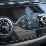 Renault Captur - wnętrze - 09