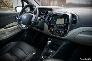 Renault Captur - wnętrze - 17