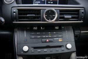 Lexus RC F - wnętrze - 11