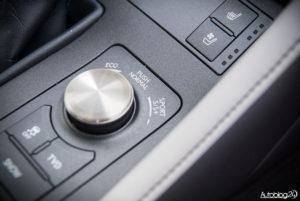 Lexus RC F - wnętrze - 14