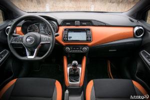 Nissan Micra - wnętrze - 01