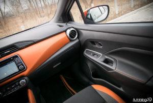 Nissan Micra - wnętrze - 05