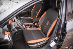 Nissan Micra - wnętrze - 11