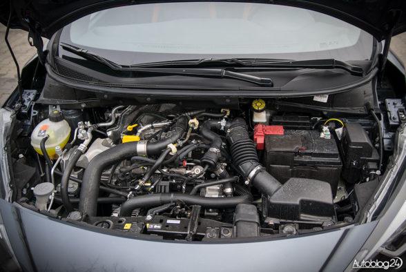 Nissan Micra - wnętrze - 13