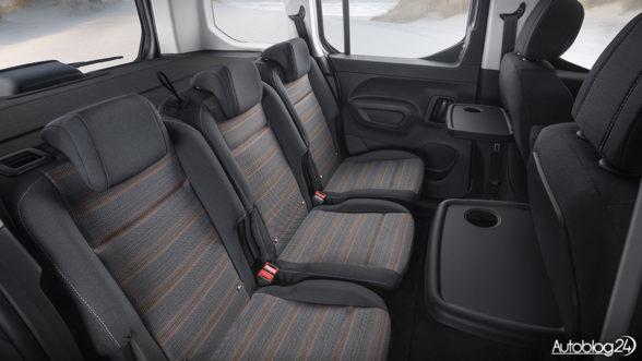 Opel Combo Life - tylna kanapa