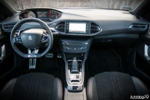 Peugeot 308 SW GT - wnętrze - 01