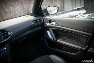 Peugeot 308 SW GT - wnętrze - 02