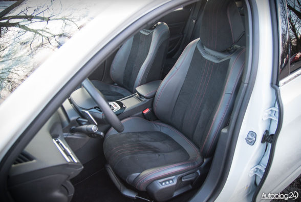 Peugeot 308 SW GT - wnętrze - 11
