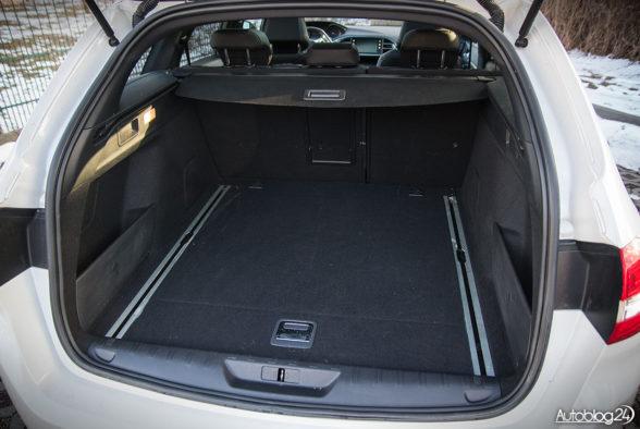 Peugeot 308 SW GT - wnętrze - 14