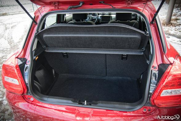 Suzuki Swift - wnętrze - 15