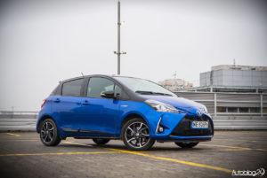 Toyota Yaris Hybrid - galeria - 03