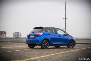Toyota Yaris Hybrid - galeria - 11