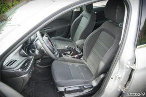 Fiat Tipo hatchback - wnętrze - 10
