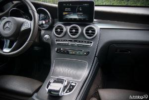 Mercedes GLC 350e - wnętrze - 02