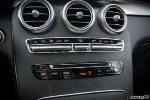 Mercedes GLC 350e - wnętrze - 08
