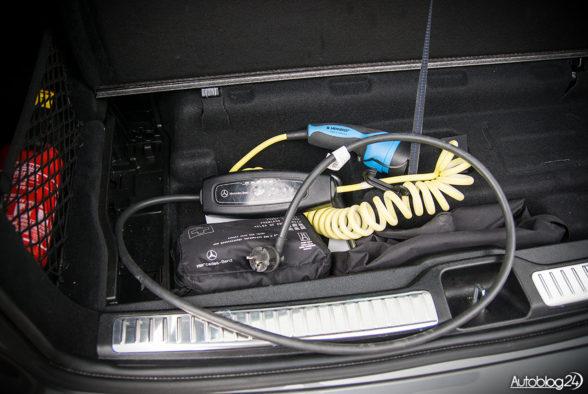 Mercedes GLC 350e - wnętrze - 18