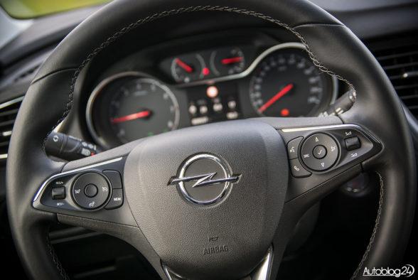 Opel Grandland X - wnętrze - 04