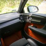 Volvo XC40 - wnętrze - 03