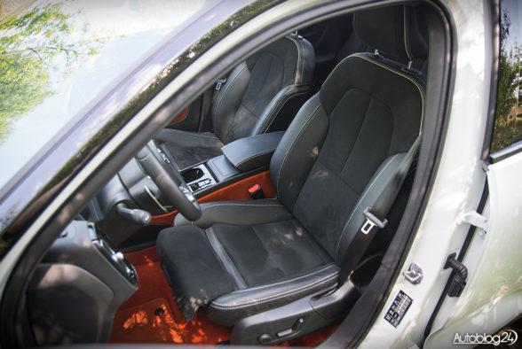 Volvo XC40 - wnętrze - 13