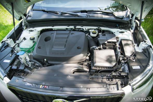 Volvo XC40 - wnętrze - 16