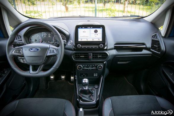 Ford EcoSport - wnętrze - 01