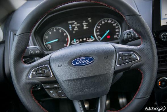 Ford EcoSport - wnętrze - 04