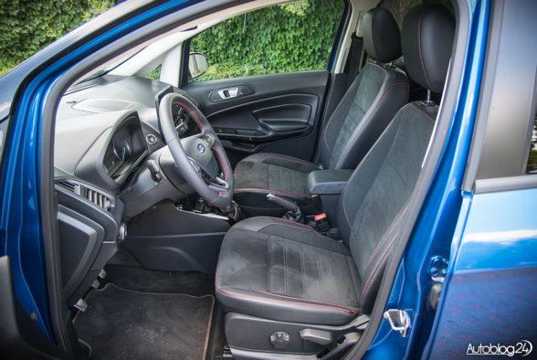 Ford EcoSport - wnętrze - 12