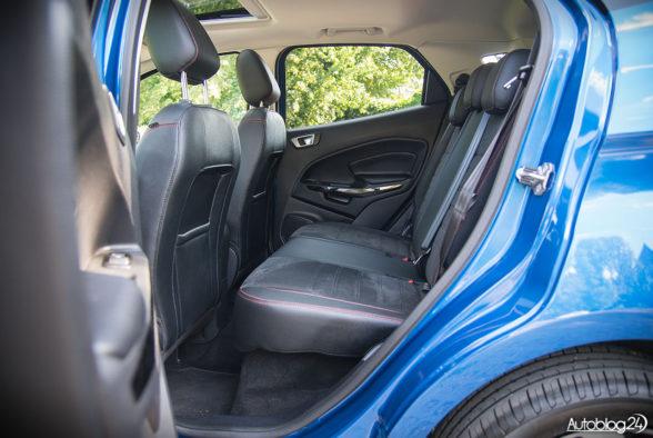 Ford EcoSport - wnętrze - 13