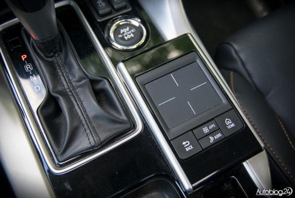 Mitsubishi Eclipse Cross - wnętrze - 09