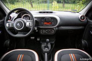 Renault Twingo GT - wnętrze - 01